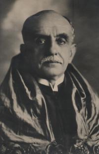 Alfredo de Vilhena Valadão